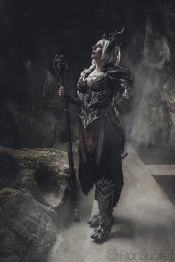 Dragon Sorceress