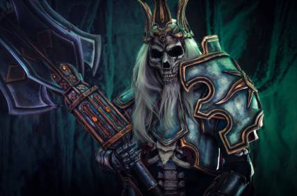 king_leoric__diablo_3_cosplay_by_anhyra_dcseknf-fullview