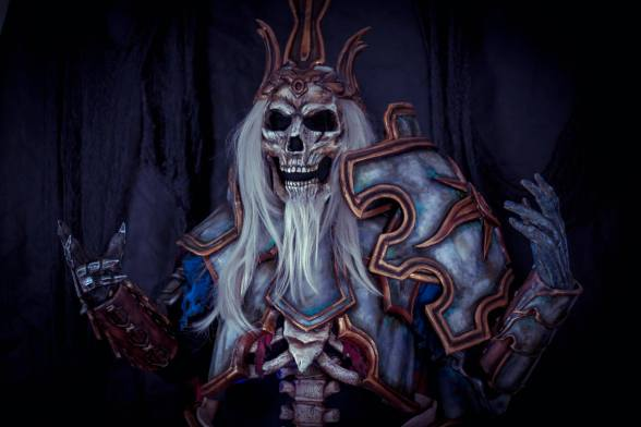 Leoric Cosplay - Diablo 3 - AnhryaCosplay